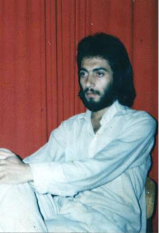 عکس ابوالفضل دادا در بیست سال پیش